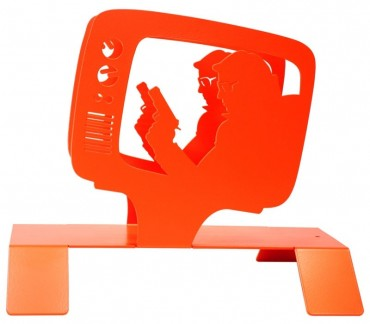 """Range magazines et revues en métal orange """"TV"""""""