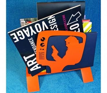 "Range-revues contemporain orange ""TV"""